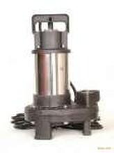 供应潜水泵安装图片
