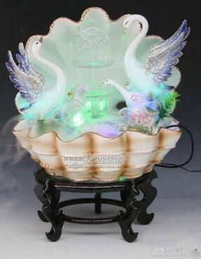 【时尚高档天鹅陶瓷瀑布造型流水喷泉风水球贝壳盆景精品摆件简欧式