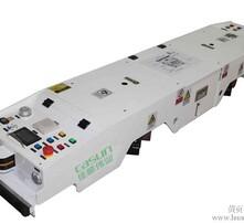 双向潜伏式AGV搬运车图片