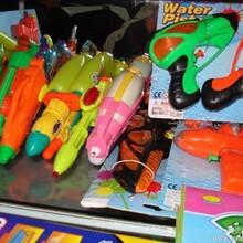 各类水枪库存玩具,铭扬库存玩具称斤批发