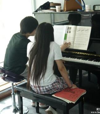上海学钢琴