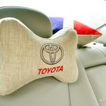 绿色方形汽车头枕加工图片