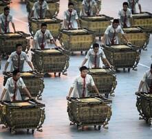 激光水鼓表演,绛州鼓乐团队,威风锣鼓,鼓乐培训租赁图片